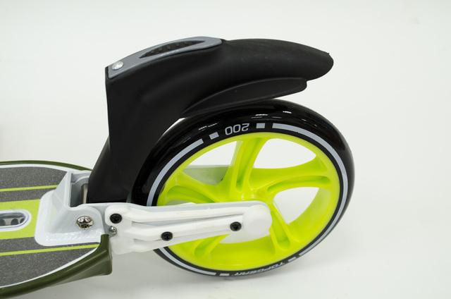 заднее колесо с ножным тормозом